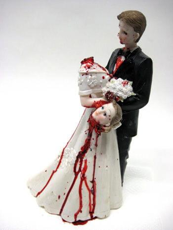 Brautpaar mit geköpfter Braut 31cm deluxe