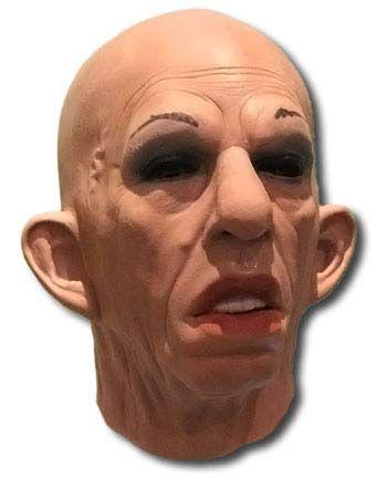 Women mask Mara