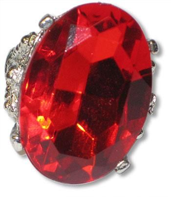 Oval ring with ruby gemstone