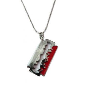 Halskette mit Anhänger Rasierklinge