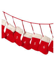 Advent garland with motif socks