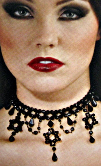 Gothic black pearl necklace