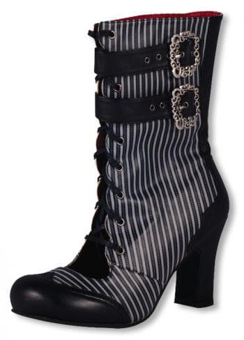Viktorianische Stiefel mit Schnallen