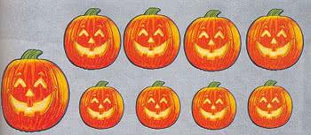 k rbis dekoration grinsende halloween k rbise als deko horror. Black Bedroom Furniture Sets. Home Design Ideas