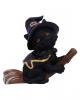 Schwarze Katze Tabitha auf Hexenbesen