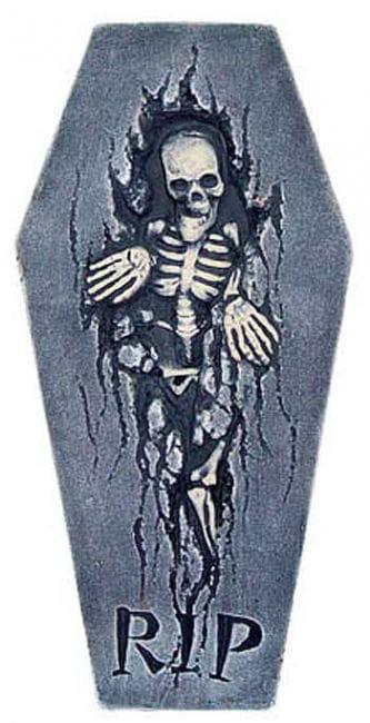 brüchiger Grabstein mit Skelett