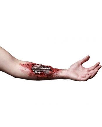 Roboter Arm Wunde aus Latex