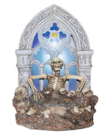 Dekofigur mit Skelett und Beleuchtung