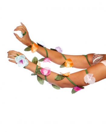 Blütenranken als Kostümaccessoire für die Arme