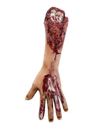 Blutiger Arm eines Zombies