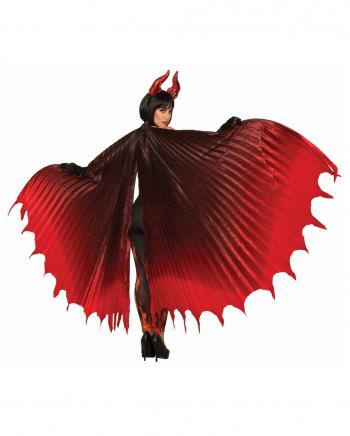 Gigantische Teufelsflügel
