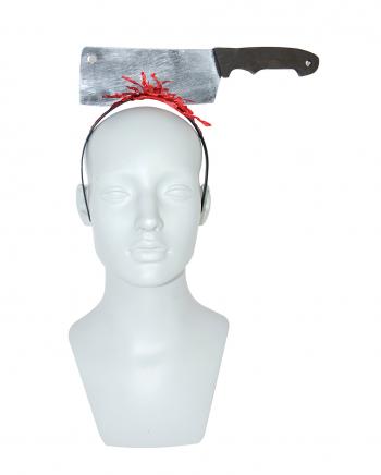 Blutiger Haarreif mit Schlachterbeil