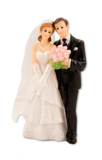 Kleines Hochzeitspaar mit Brautstrauß