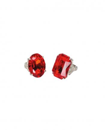 Ring mit rotem Stein für Kostüme