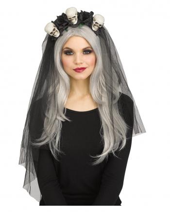 Schwarzer Brautschleier mit Totenschädeln