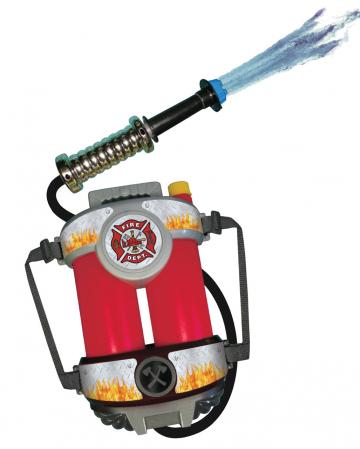 Feuerwehr Wassertank mit Wasserschlauch
