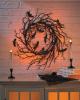 Schwarzer Gothic Kranz mit Fledermäusen & LED Licht