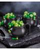 Schwarzer Hexenkessel als Kunststoff Tasse